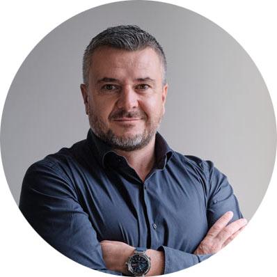 ДАНАИЛ РАДУЛОВ